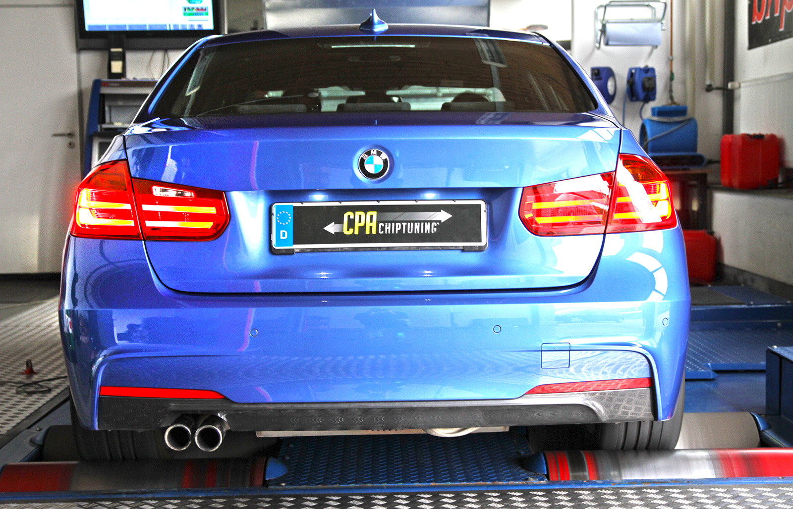 Software development for the BMW 3-series (F30) 328i