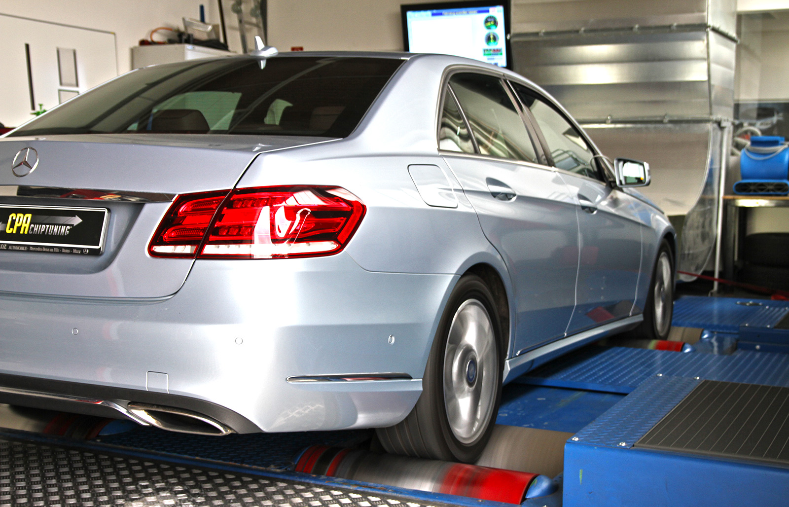 The new Mercedes E400 (W212) at the dyno